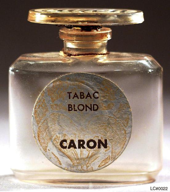 El hilo del Perfume Caron_0022