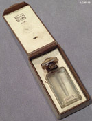 photo of B perfume by Lucien Lelong