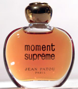 Contemporary bottle of 'Moment Supreme'